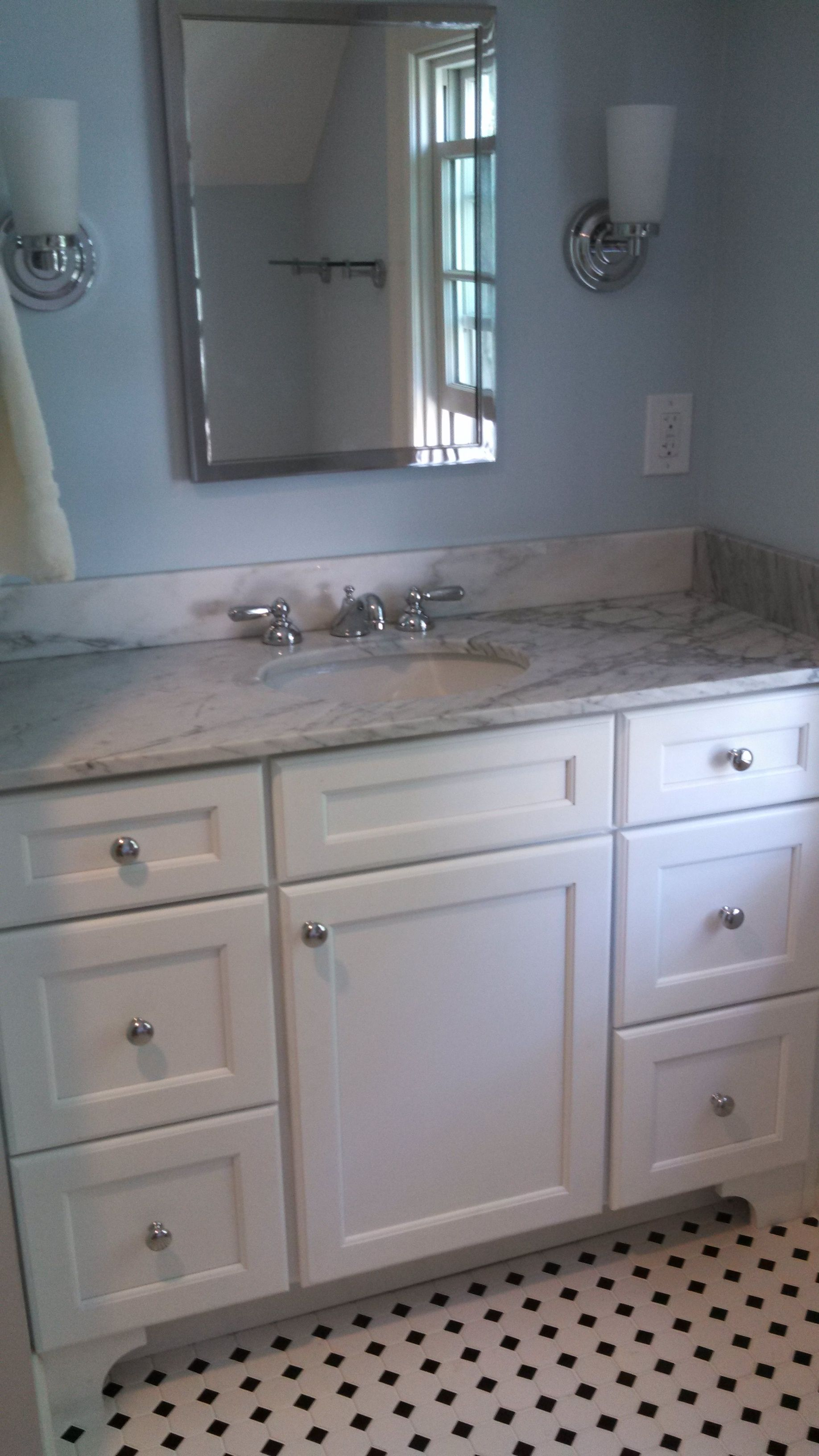 White Vanity Carrara Marble Countertop Porcelain Flooring In