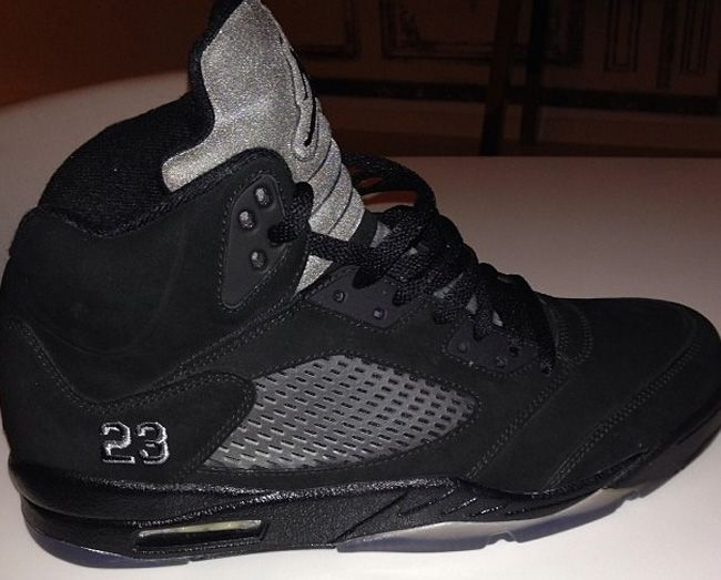 Air Jordan V Retro- Black & Grey