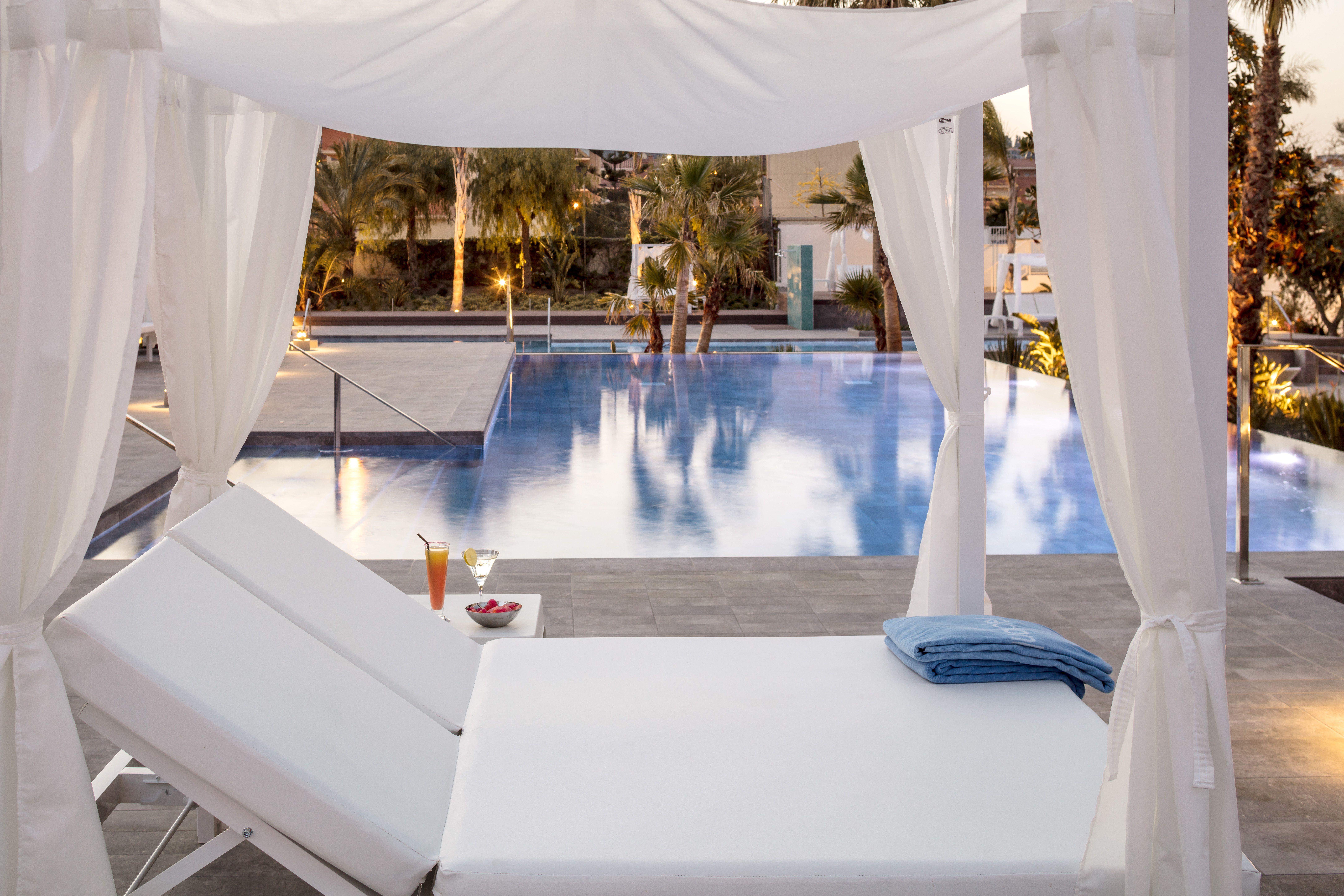 Sunbed Aqua Hotel Swimming Pools Sunbed