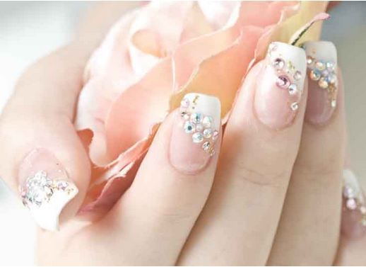 enjoy the 25 picture that bring you following nail designs for brides and choose your favorite