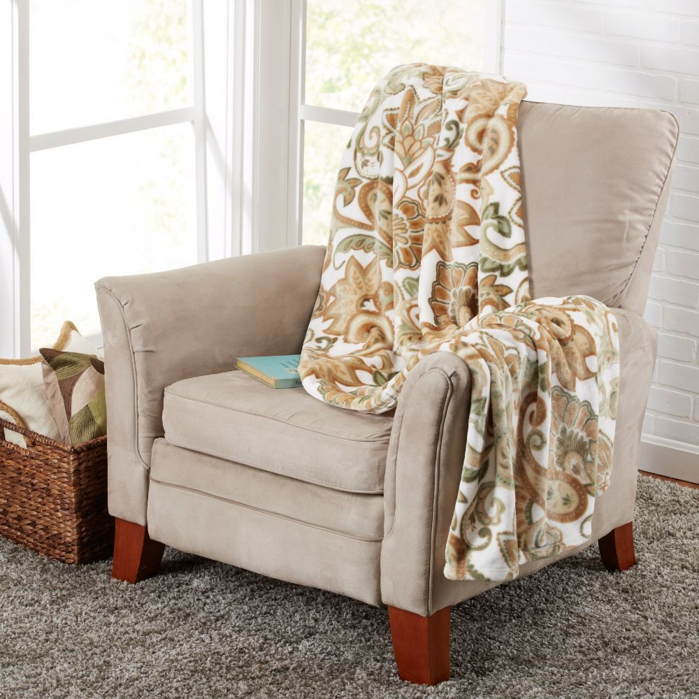 Throw Blankets For Couches Enchanting Alyssa Collection Ultra Velvet Plush Printed Luxury Throw Blanket Decorating Inspiration