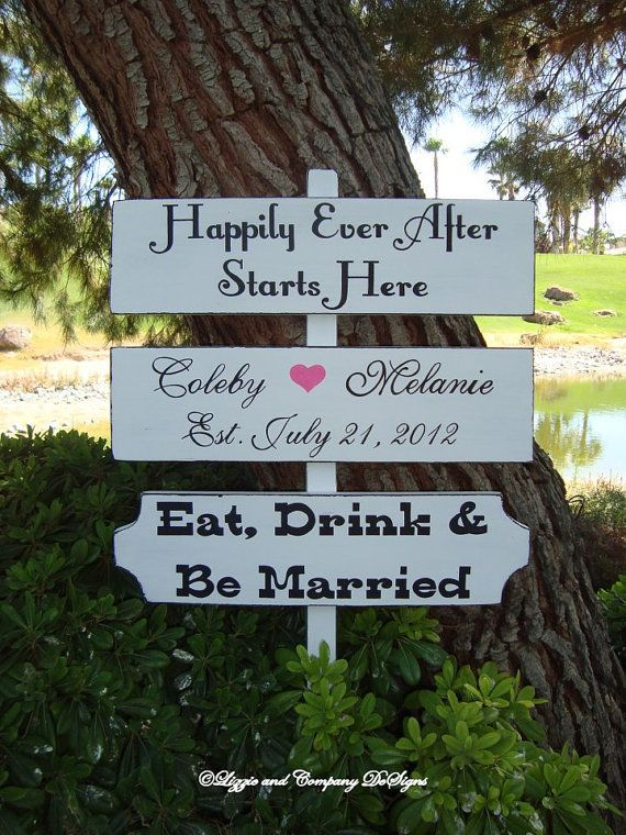 DiReCTioNaL WeDDiNg SiGnS  HaPPiLy EveR AFTeR  by lizzieandcompany