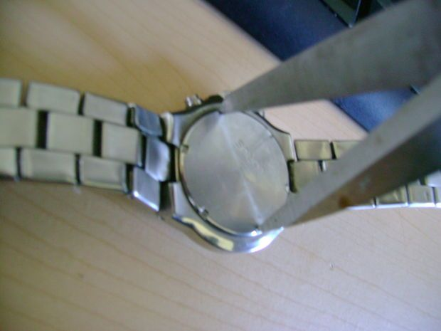 Change A Watch Battery Without Tools Watch Battery Battery Hacks Battery