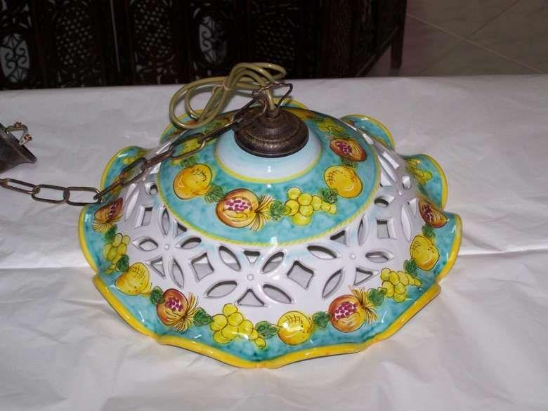 Lampadario Ceramica Di Vietri.Ceramiche Di Vietri Ceramica Decorazioni Floreali E Lampadari