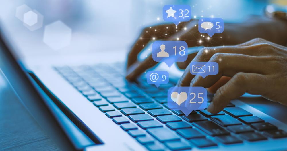 مواقع التواصل الاجتماعي في السعودية Social Media Marketing Social Media Content Social Media