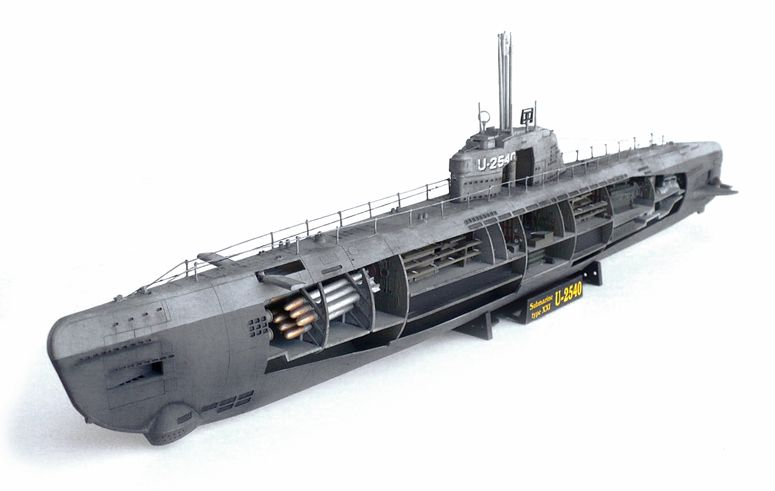 The Great Canadian Model Builders Web Page!: Type XXI U Boat