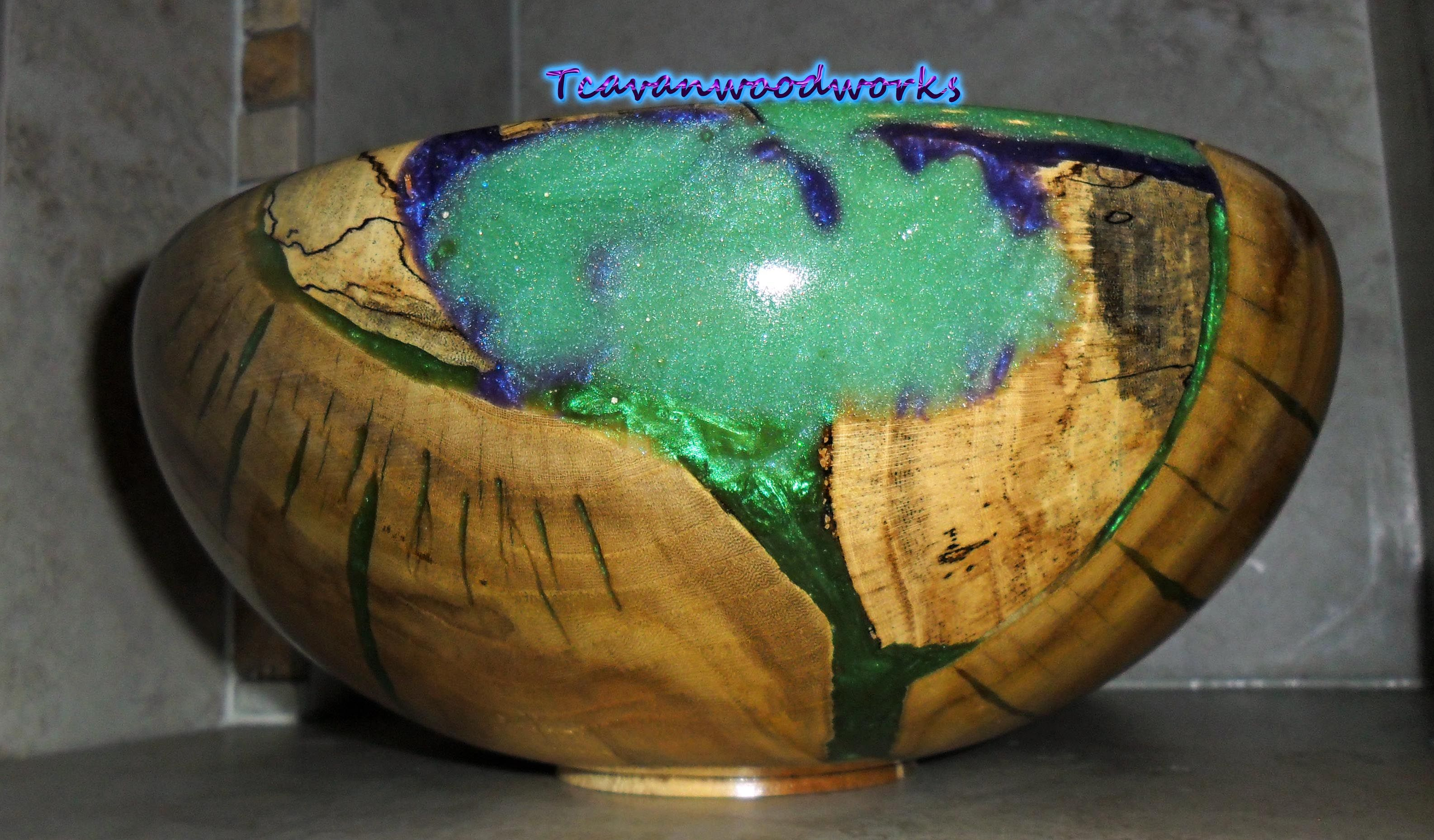 hand turned Wood Bowl With Resin Wood and Resin Wood Bowl with Black Resin Inlay Wood Bowl Handmade Wood Bowl Turned Wood Bowl Inlay