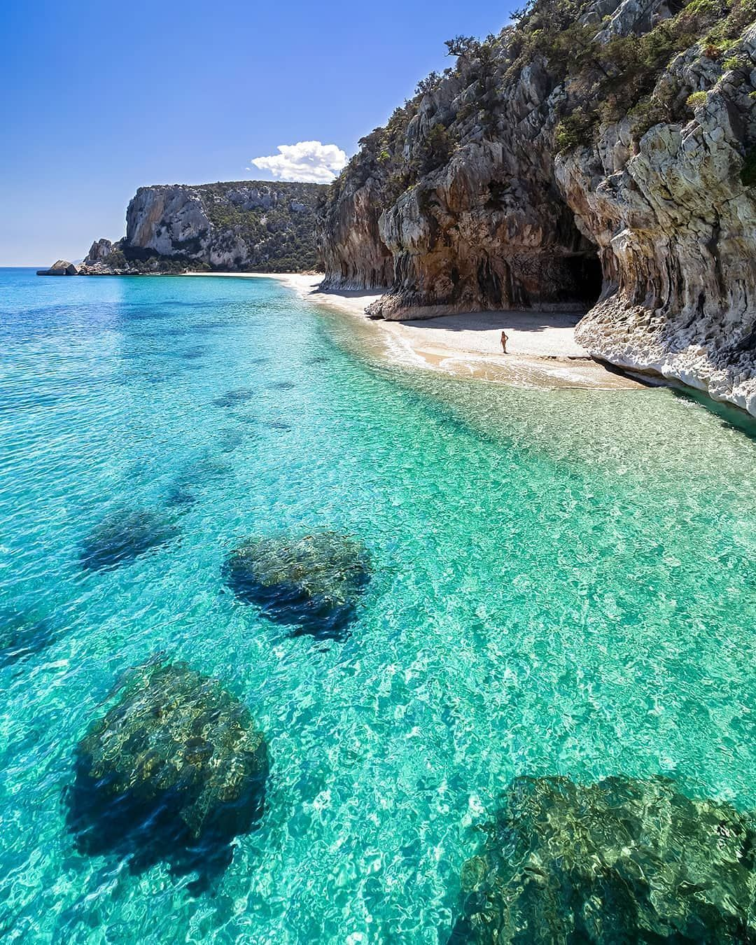 10 Best Scuba Diving Beaches In The Caribbean In 2020