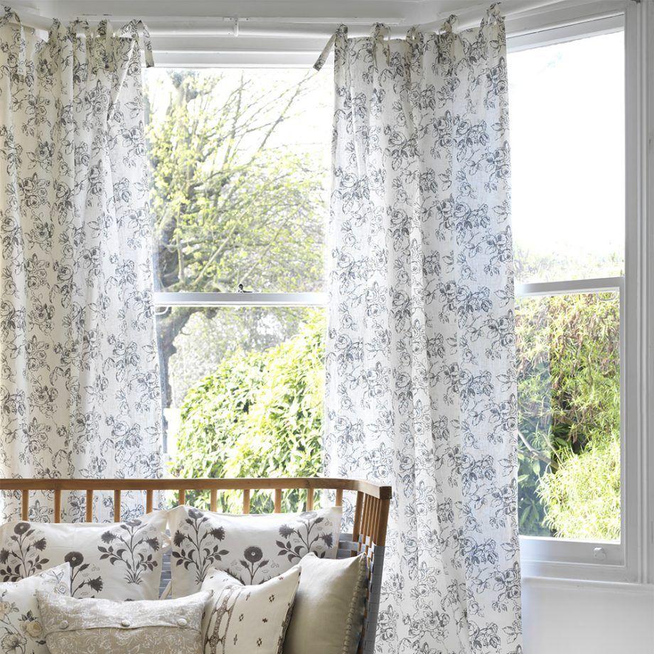 Lovely Window Curtain Decorating Ideas
