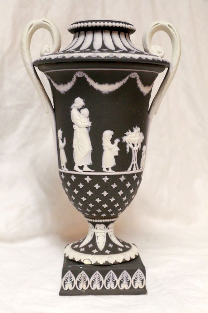 Circa 1800 Wedgwood Black Jasperware Dip Ornate Handled Urn Vase