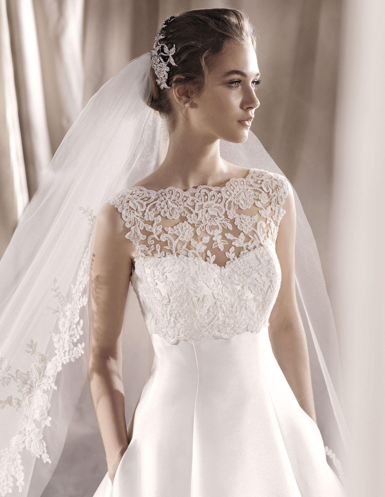 wedding dress sabia   Fátyol/Veil   Pinterest   Wedding dress ...