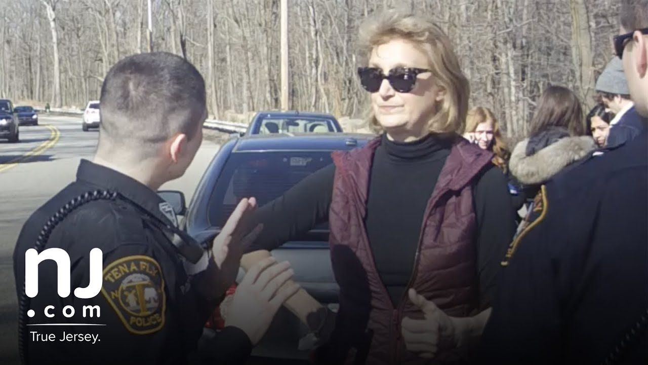 Complete 1 Hour Video Port Authority Commissioner Confronts Police During N J Traffic Stop Youtube Port Authority Confront Author