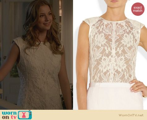 Emily s white lace top on Revenge. Outfit Details  http   wornontv ... 5382386d0