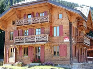 Chalet Suisse Bed and Breakfast - Morgins