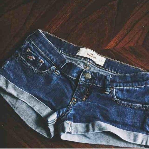 Hollister bundle Shorts bundle in good condition Hollister Jeans