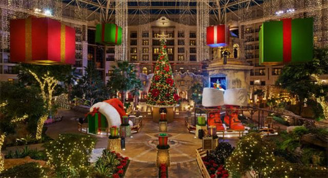 Celebrate The Holidays In Grapevine The Christmas Capital Of Texas With Live Concerts Parades Best Christmas Light Displays Texas Christmas Christmas Town