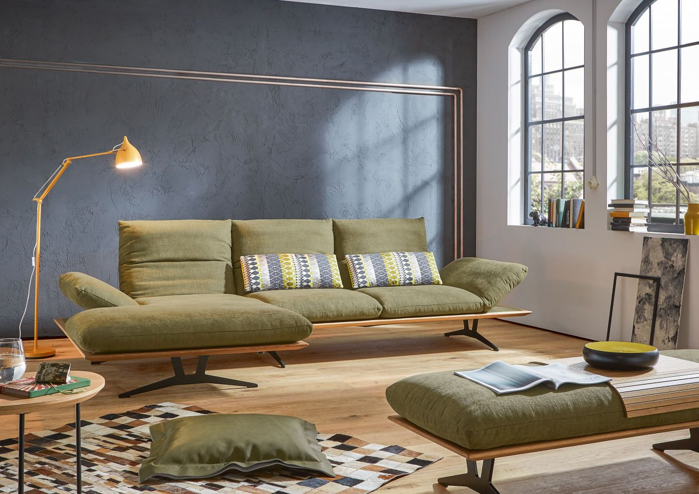 Pin By Colombo Albania Agency On Furniture Knoll Sofa