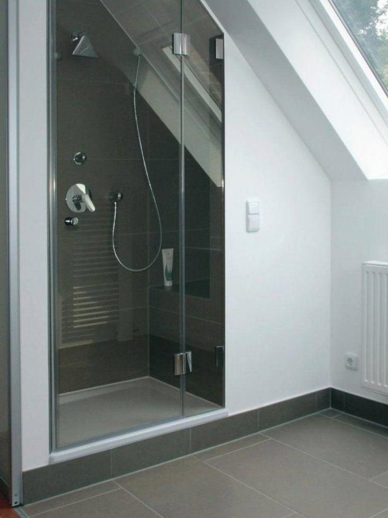Bild 4 Der Duschbereich mit Bank unter der Dachschr ge nutzt verschenkten Raum und bringt mehr ...