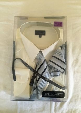 5f01dd5b2261 Carolina Bay Dress Shirt W  Tie and Handkerchief