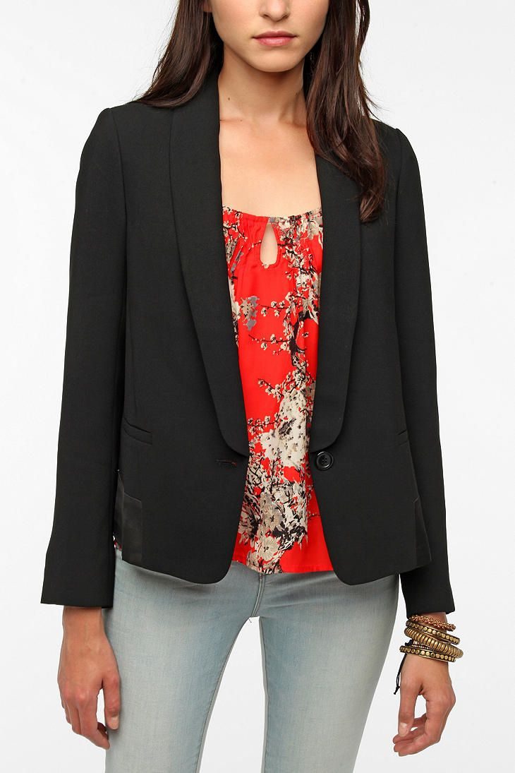 Pins and Needles Sandra Blazer  #UrbanOutfitters