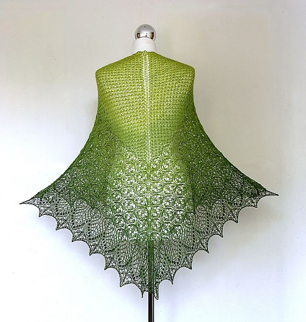 This knitter combined two different Shawl patterns ...