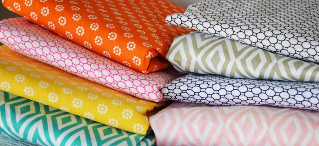 How amazing are these modern and vibrant baby bedding/accessories from #OliverB? #PNapproved