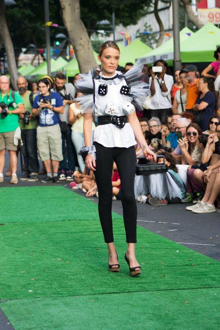 RECREANDO......, Tarde #Fashion #Diseño #Moda pasarela ..,talleres reciclado del grupo creativo PASIÓN & DISEÑO  # ....agencia MODELs