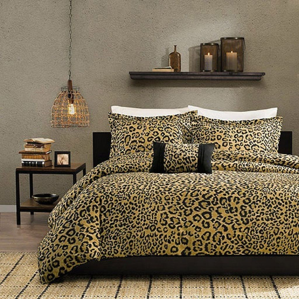stylish cheetah bedroom