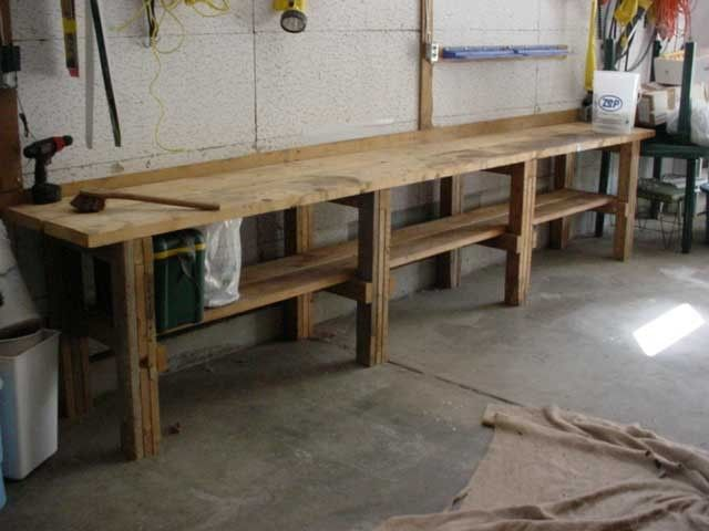 Classic Garage Workbench Made Of Solid Wood Material To Match With Concrete Floor And Indu Diy Wood Projects Furniture Garage Workbench Plans Garage Work Bench