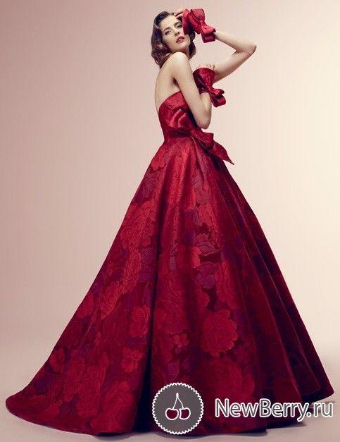 Red Wedding Dress Gorgeous, Alessandra Rinaudo 2014