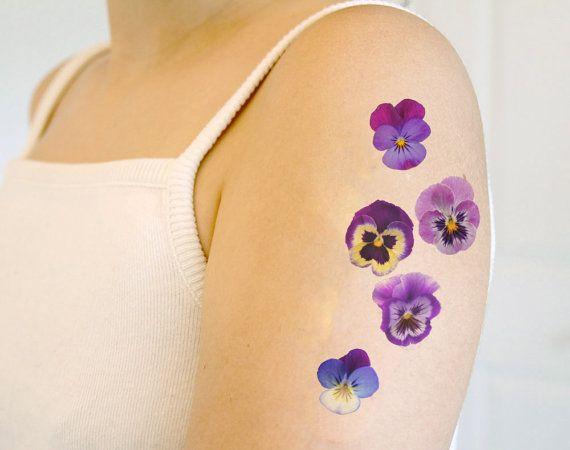 Afficher l 39 image d 39 origine tatouage pinterest images tatouages et id e tatouage - Tatouage pensee fleur ...