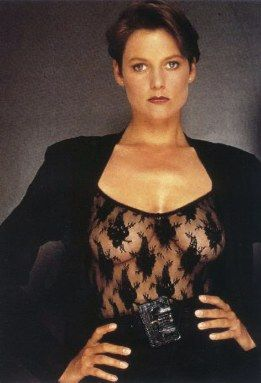 Carey lowell actress club paradiselicence to kill carey carey lowell actress club paradiselicence to kill voltagebd Choice Image