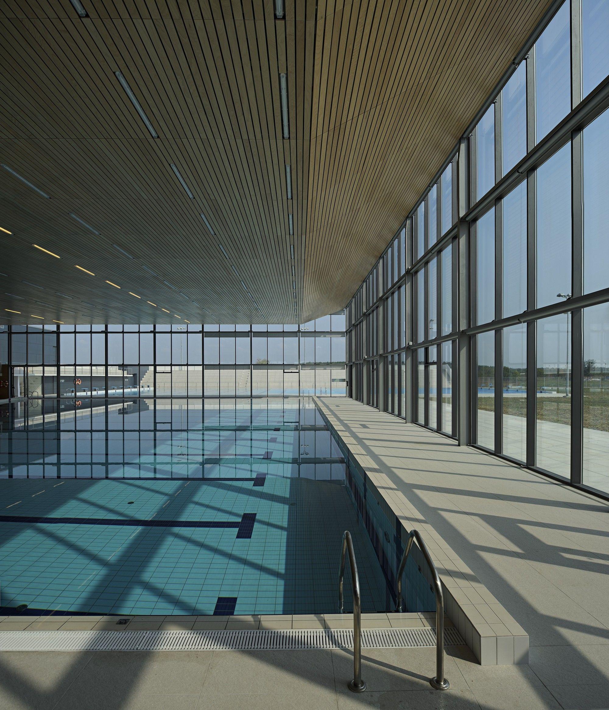 Gallery Of Swimming Center Vijus Sangrad Architects Avp Arhitekti 7 Swimming Pool Architecture Architecture Swimming Pools
