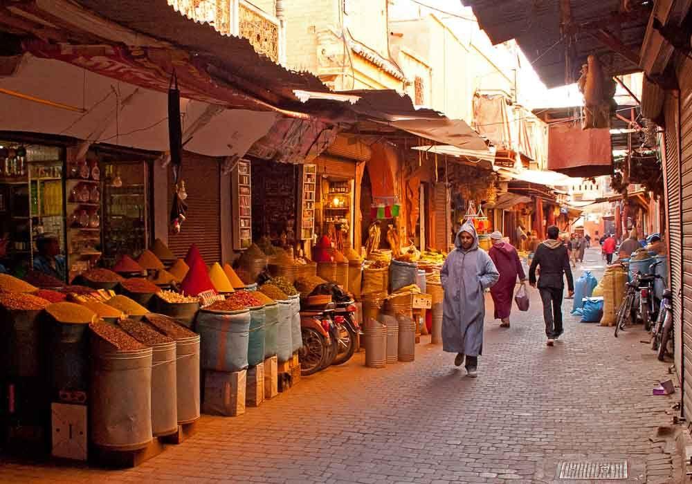 pingl par woowfly sur marrakech maroc marrakech maroc et location voiture marrakech. Black Bedroom Furniture Sets. Home Design Ideas