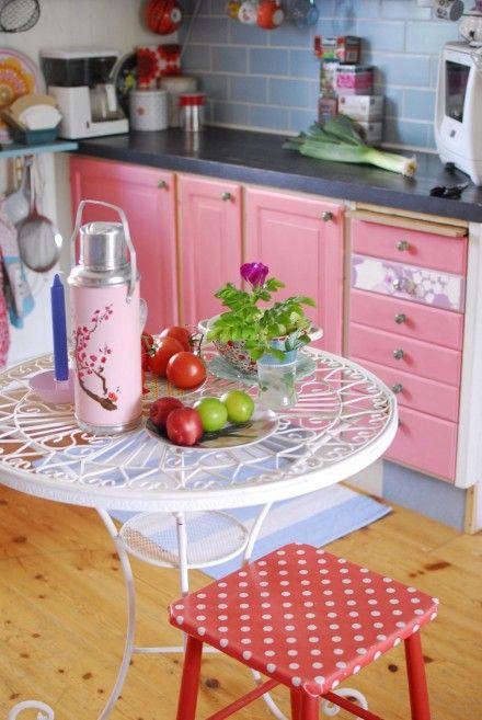 pink kitchen, rosa küche Küchendesign modern, Shabby