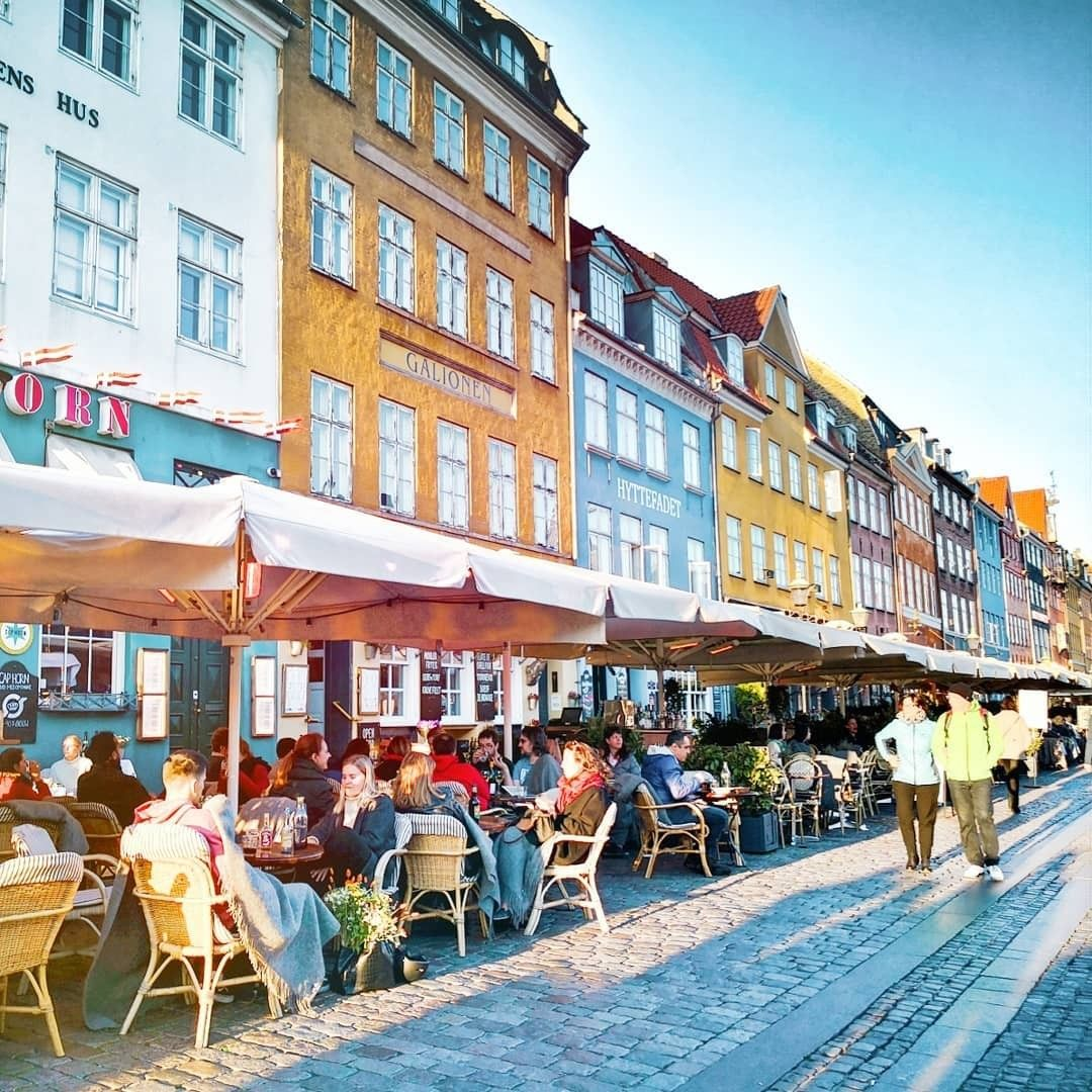When Talking About Cosiness And Denmark A Picture Like This From Cosy Nyhavn In Copenhagen Reflects It In The Best Way Did You Know That The Famous D I 2020