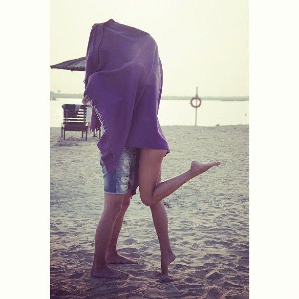 The Beach Blanket Kiss   Love Fashion, Romantic Photos -9143