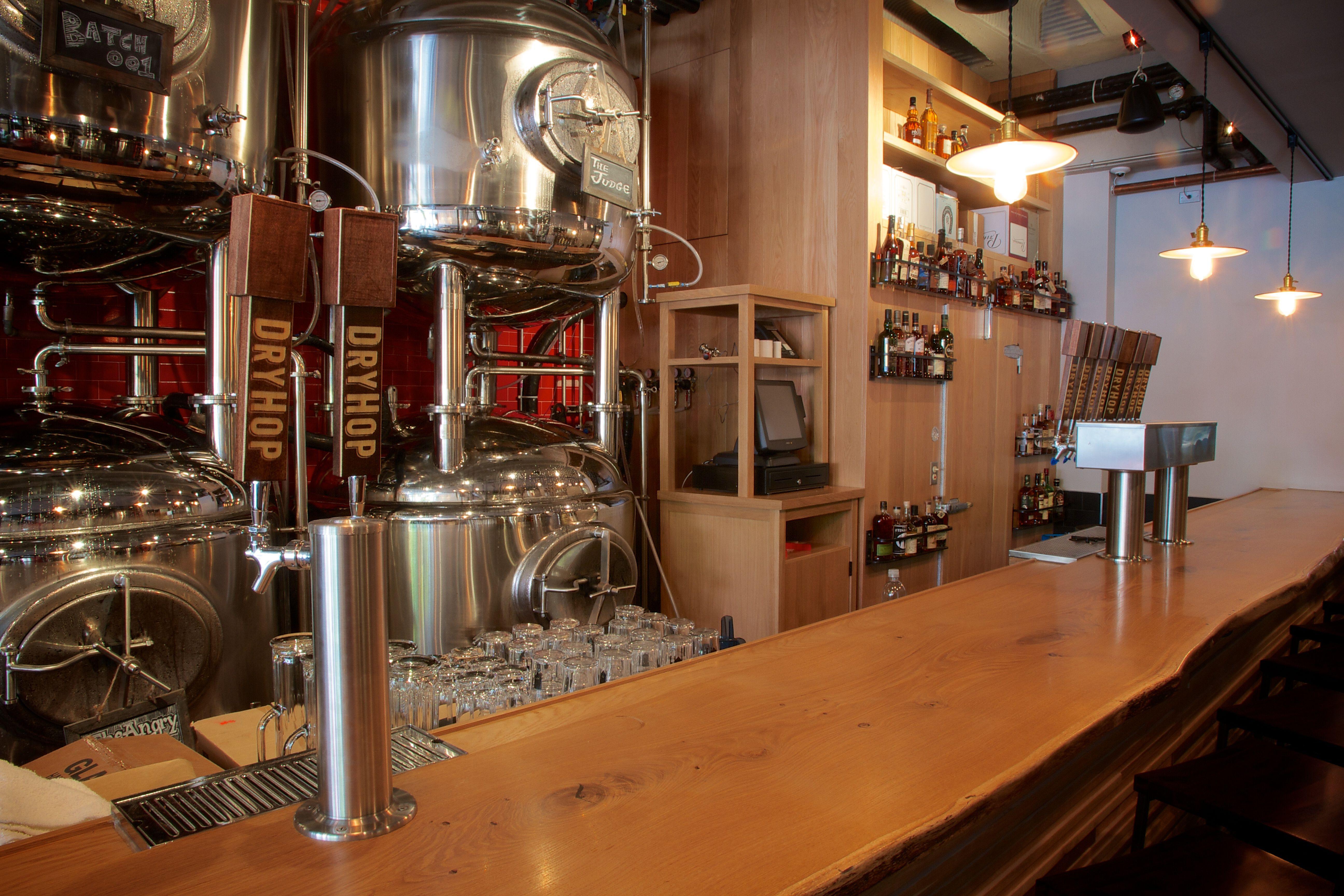 Dryhop Brewers Design Kaper Design LLC Location Chicago