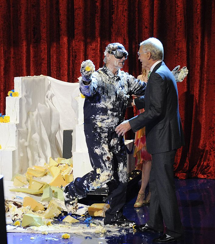 Bill Murray Smears David Letterman with Cake on Final Appearance ...