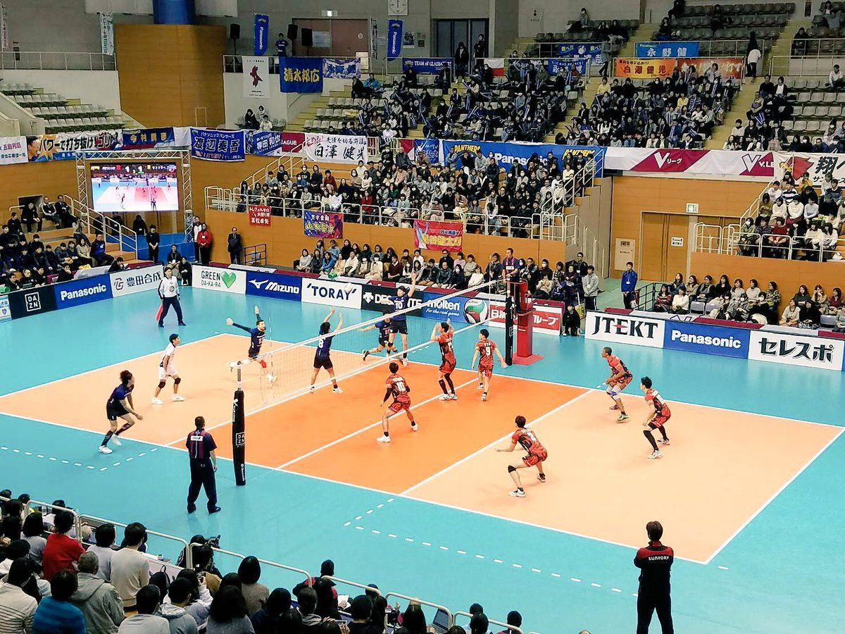 Japan Men Panasonic 10 Straight Wins Edgar With 9 Aces For Jt Japan Volleyball News Ace
