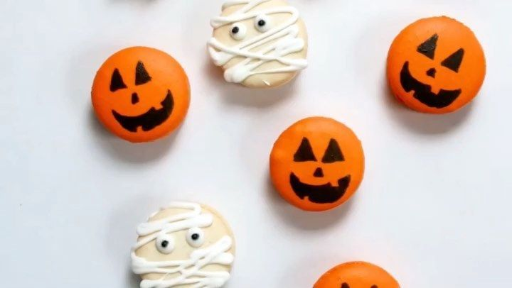 The making of our Halloween macarons  Caramel popcorn and pumpkin cream cheese  Youve all been loving these so m... #halloweenmacarons The making of our Halloween macarons  Caramel popcorn and pumpkin cream cheese  Youve all been loving these so m... #halloweenmacarons