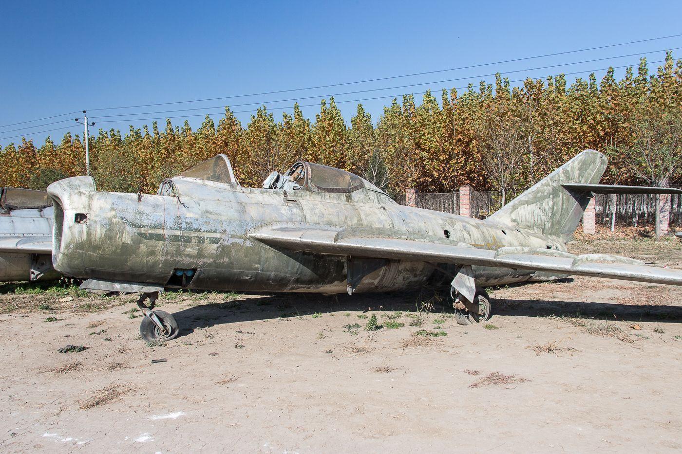 igor113 - China airshow-2014: свалка музея(ожидание восстановления)