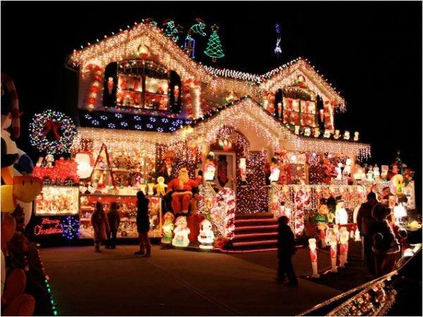 5 Over The Top Christmas Light Displays Christmas light displays
