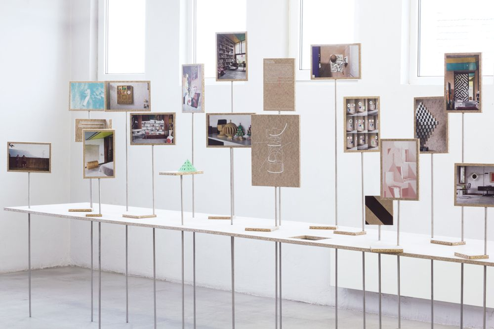 Casa Tabarelli Rediscovered Installation exhibition Pinterest - installer un cadre de porte