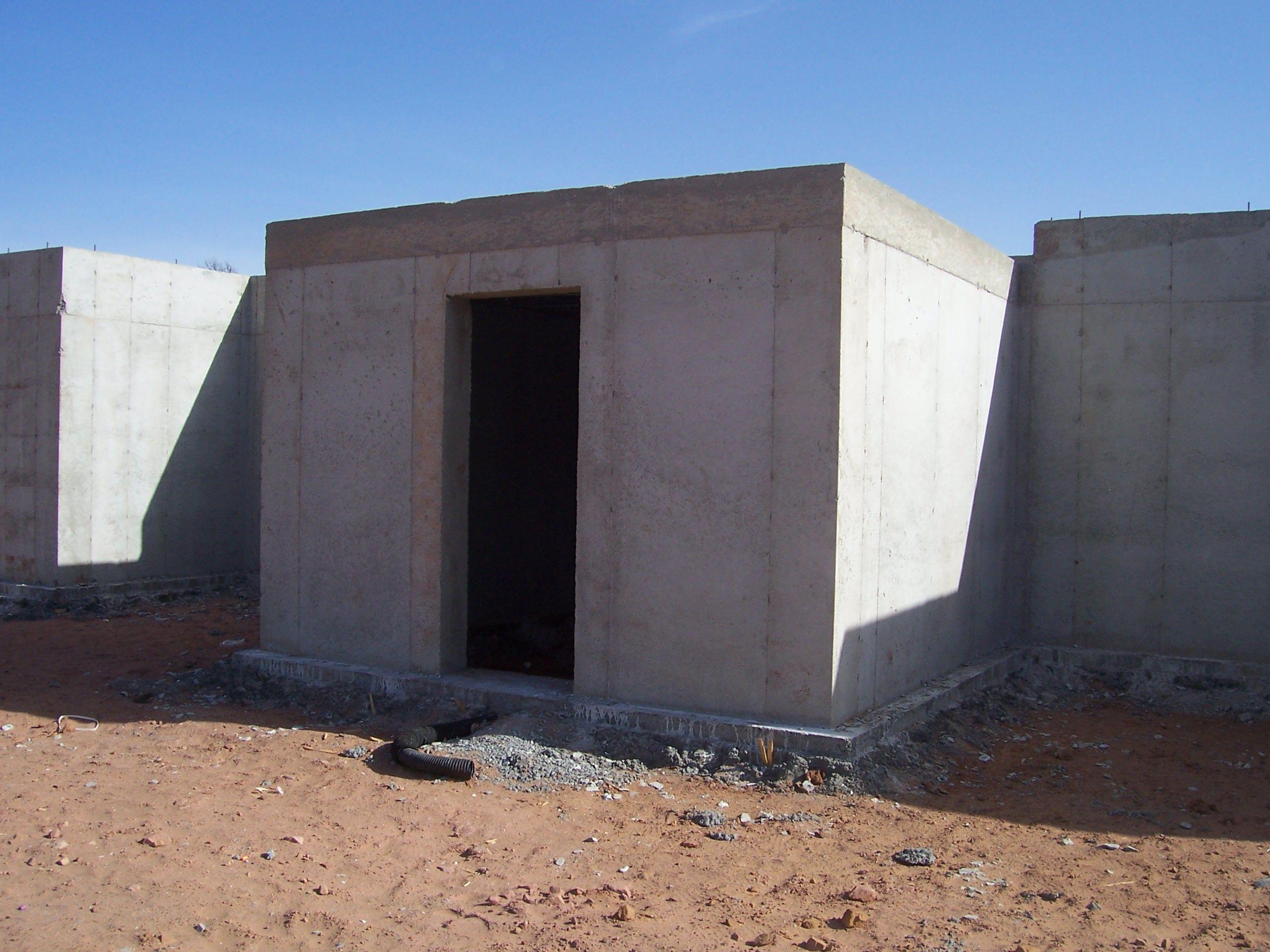 Cast In Place Tunnel Transition From Underground Foundation Concrete Block Walls Concrete Blocks Concrete