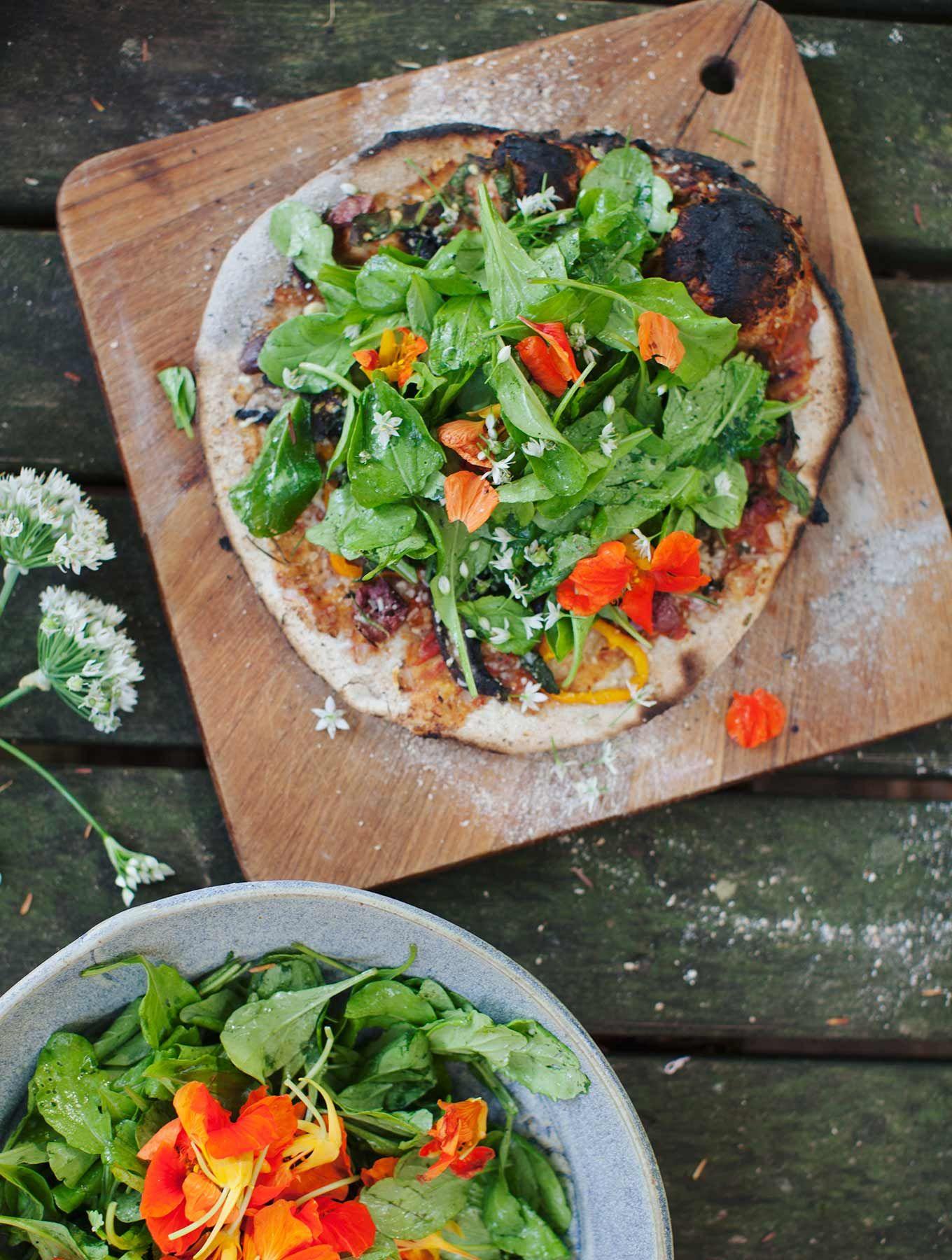 Sourdough Salad Pizza