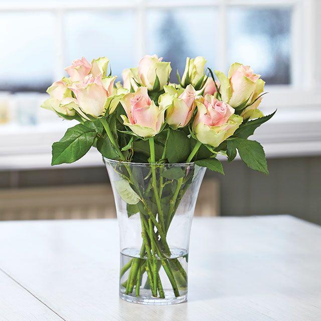 Kuvaa kukkakimppusi ja voita kukkia vuodeksi. OSALLISTU INSTAGRAMISSA JA VOITA. http://www.plantagen.fi/52kimppua