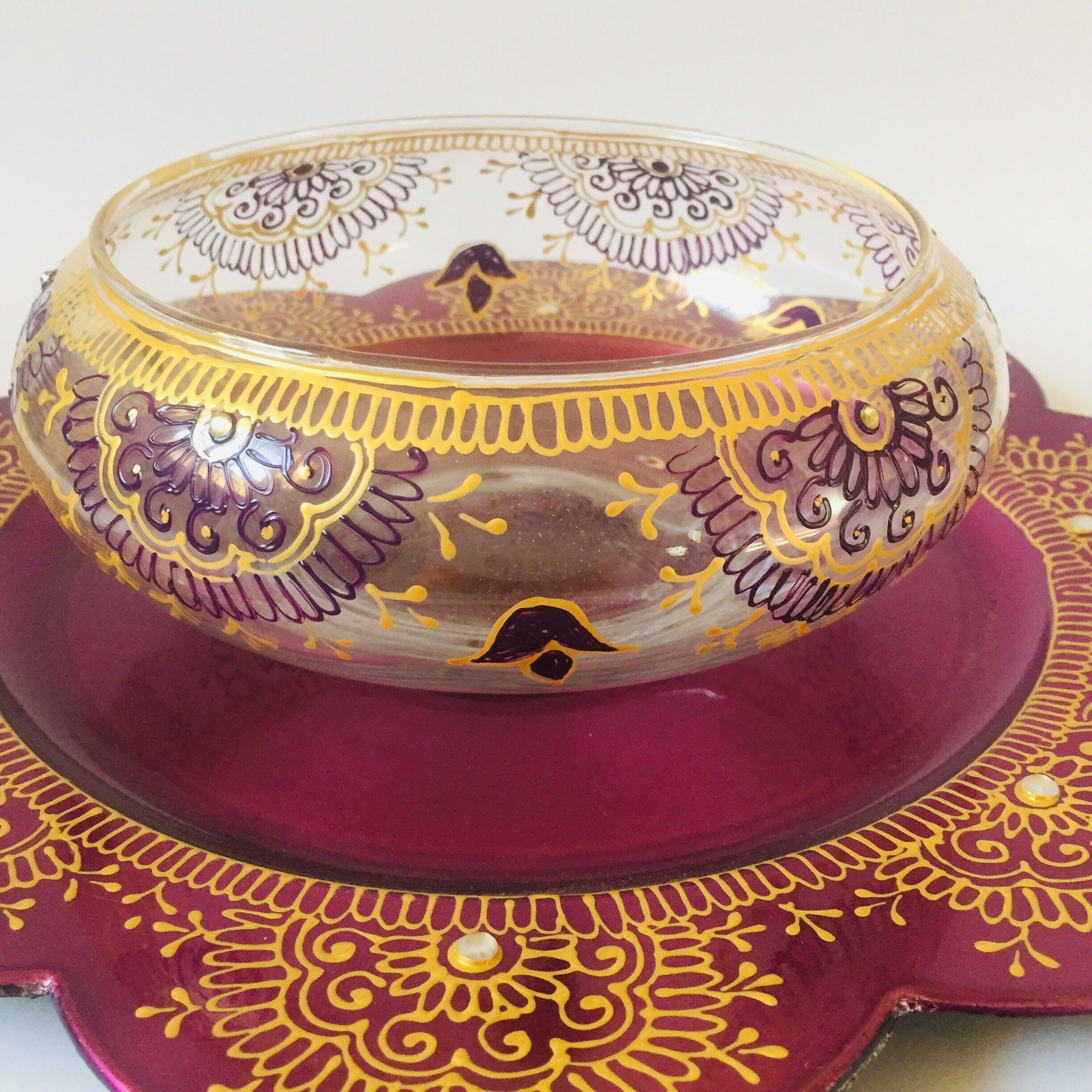 8in henna decorated glass bowl with decorated charger plate/wedding decor/Eid decor/Diwali decor/Bollywood wedding/Indian/Pakistani #diwalidecorations Excited to share this item from my #etsy shop: 8in henna decorated glass bowl with decorated charger plate/wedding decor/Eid decor/Diwali decor/Bollywood wedding/Indian/Pakistani #diwalidecorationsathome