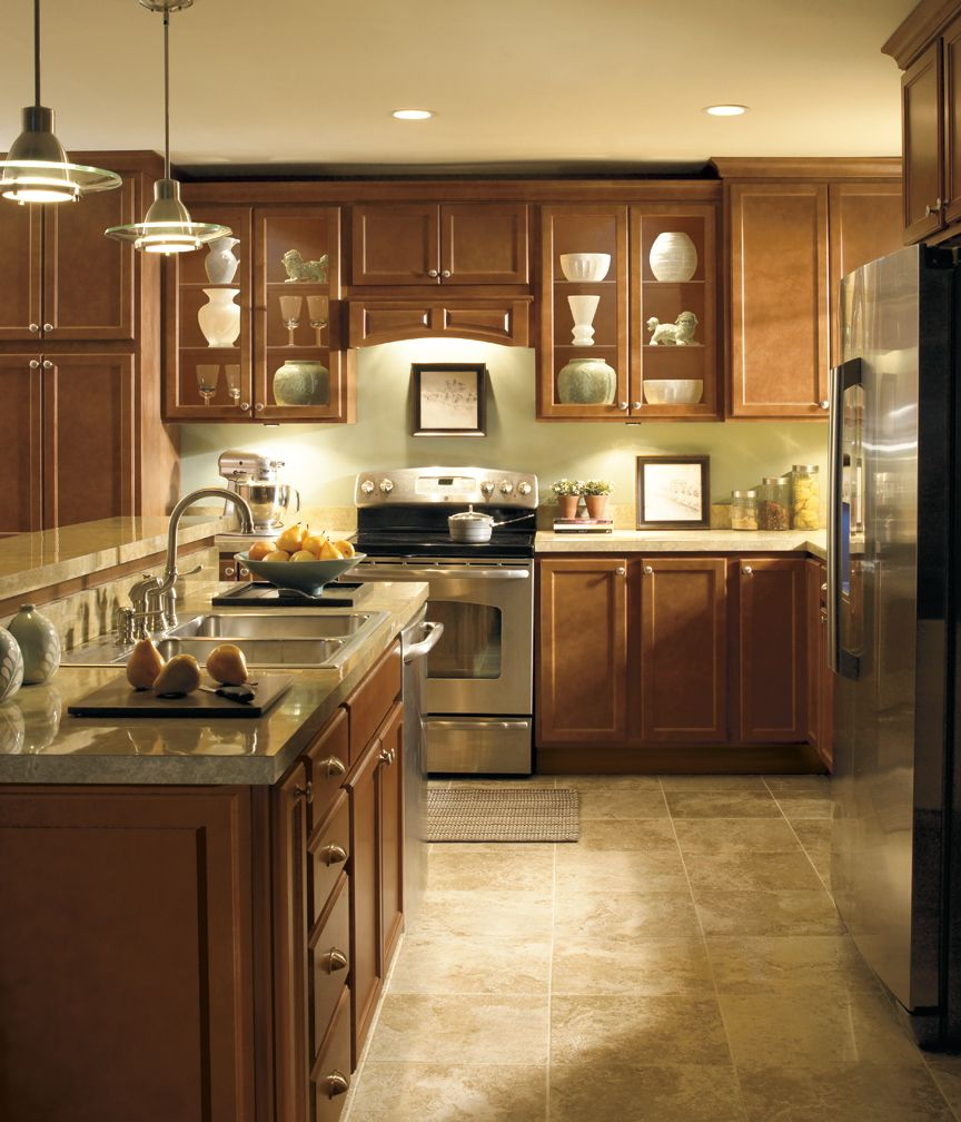 Maple Kitchen Diamond Cabinets At Lowes Kitchen Cabinet Trends Kitchen Cabinets Kitchen Under Cabinet Lighting