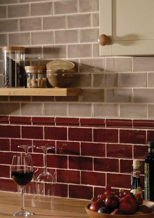Today S Use Of Tile In Classic Kitchens Brown Kitchen Tiles Red Kitchen Tiles Kitchen Tiles